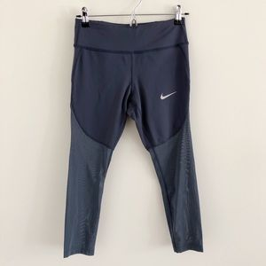 Nike Epic Lux Crop Tights in Thunder Blue Small